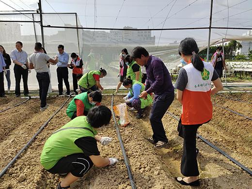 长安镇残疾人第三期就业实践活动举行